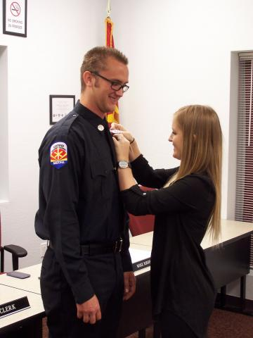 Badge_Pinning_2014_2.JPG