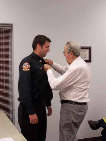 Badge_Pinning_2014_3.JPG
